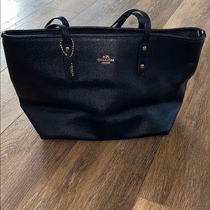 Coach Tote Handbag like new Condition!